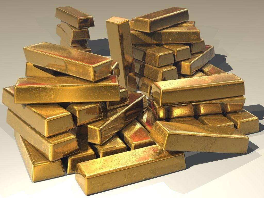 Investing money in gold
