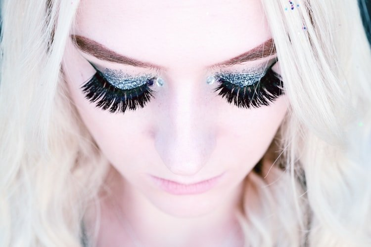 how-to-start-a-eyelash-business
