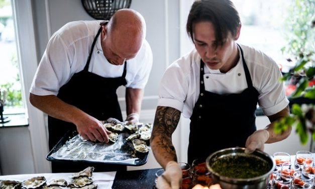 Starting a Catering Business – A Complete Guide