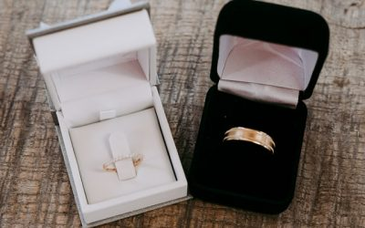 Best Places To Sell A Wedding Ring Online – 7 Recommended Sites